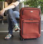 従来型バッグとスーツケース(キャリーバッグ)